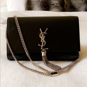 ❗️SOLD❗️ Saint Laurent M Calfskin Tassle Chain bag